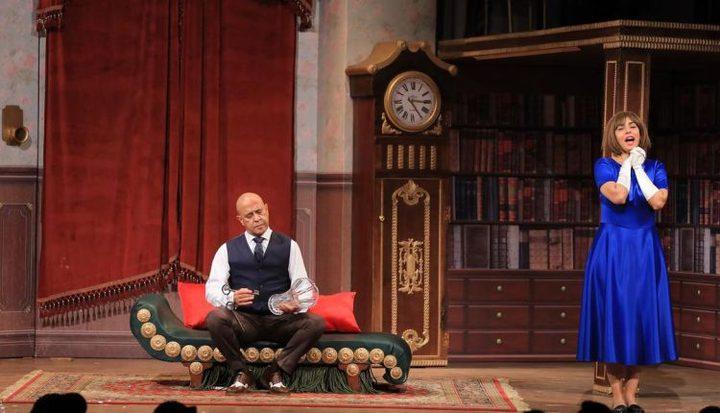 ما السبب وراء إغلاق مسرح أشرف عبد الباقي؟