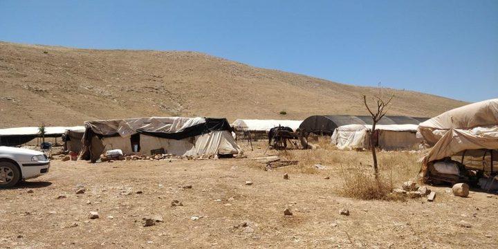 الاحتلال يقتحم خربة حمصة الفوقا في الأغوار ويصور خيام المواطنين