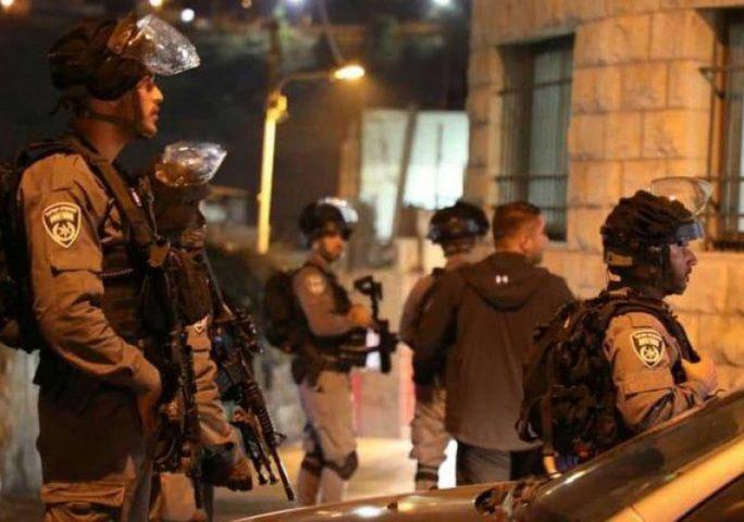 الاحتلال يعتقل مواطنا من يطا جنوب الخليل