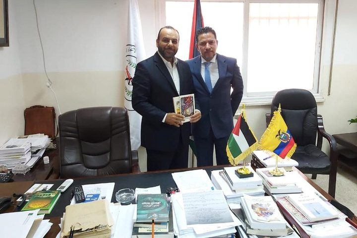 الأمين العام للاتحاد العام للكتاب والأدباء يستقبل سفير الإكوادور