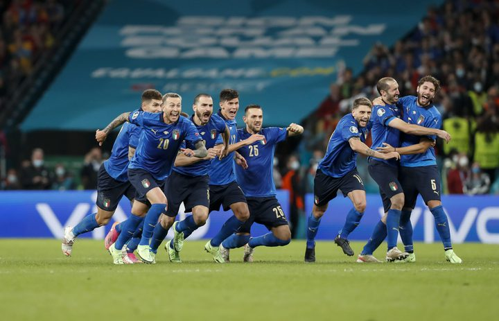 إيطاليا تسقي إسبانيا من كأس ركلات الترجيح وتبلغ النهائي