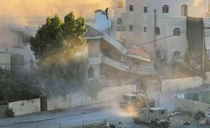 الاحتلال يفجر منزل الأسير منتصر الشلبي في ترمسعيا