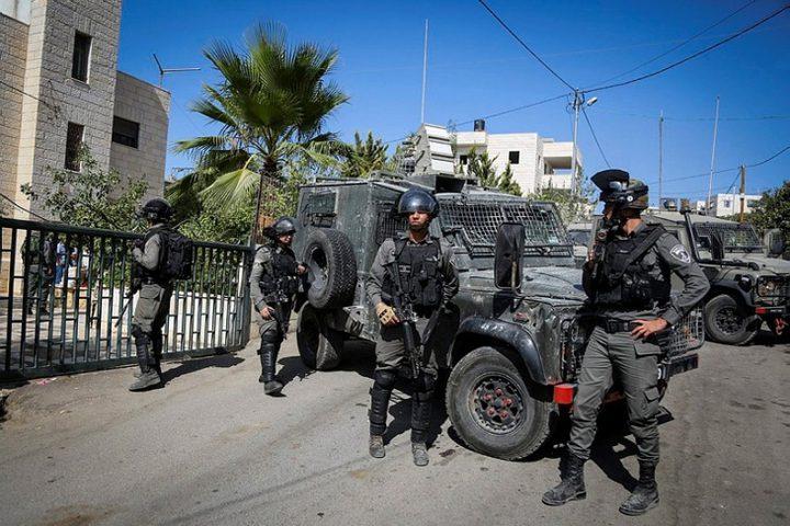 قوات الاحتلال تحرق مقتنيات مسجد جنوب جنين