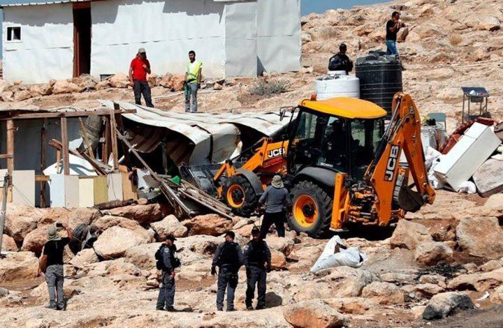 الاحتلال يهدم 5 منشآت في قرية حارس غرب سلفيت