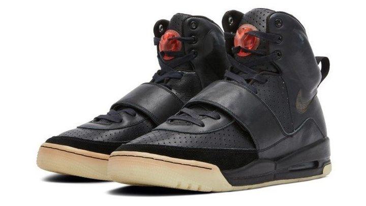 أحذية رياضية نادرة للبيع بملايين الدولارات