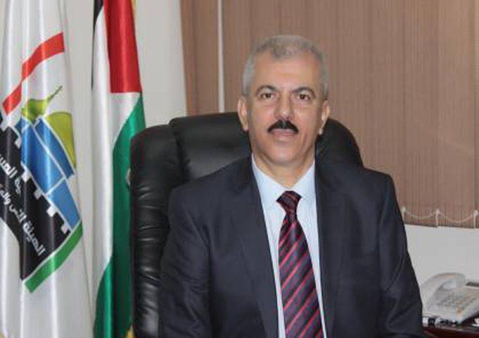 الرئيس محمود عباس ينعى المناضل حنا عيسى