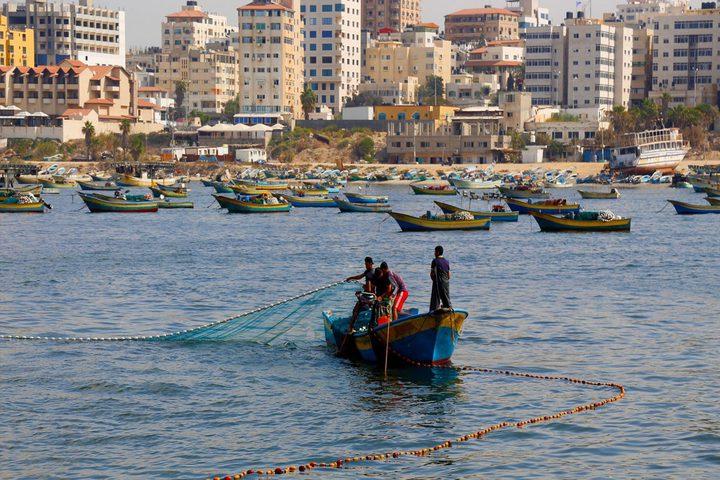 سلطات الاحتلال تقرر توسيع مساحة الصيد في قطاع غزة