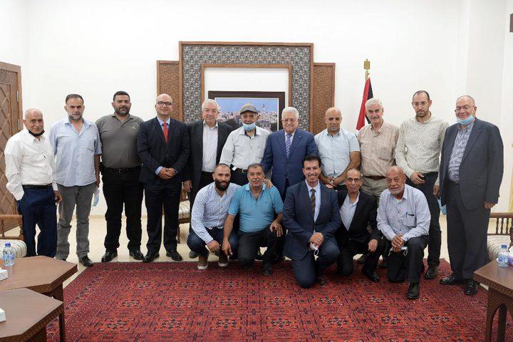 الرئيس محمود عباس يستقبل وفدا من أهالي القدس