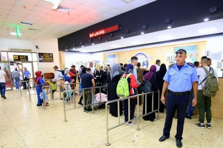 الشرطة: إغلاق معبر الكرامة في الاتجاهين أول أيام عيد الأضحى
