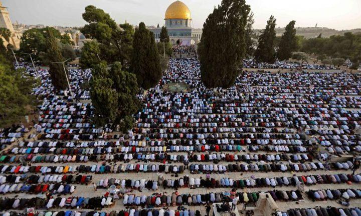 أكثر من مئة ألف مصلٍ يؤدون صلاة عيد الأضحى في الأقصى