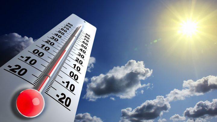 الطقس: تراجع حدة تأثير الموجة الحارة وانخفاض على درجات الحرارة