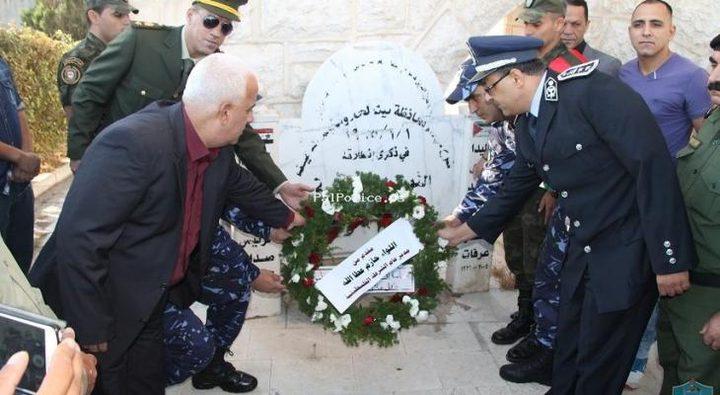 المحافظ حميد يزور مقابر الشهداء ويقرأ الفاتحة على ارواحهم