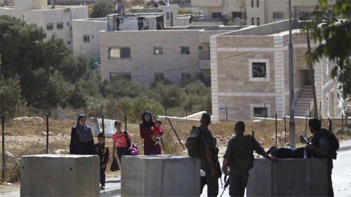 الاحتلال يمنع المواطنين من دخول بلدة يعبد أو الخروج منها