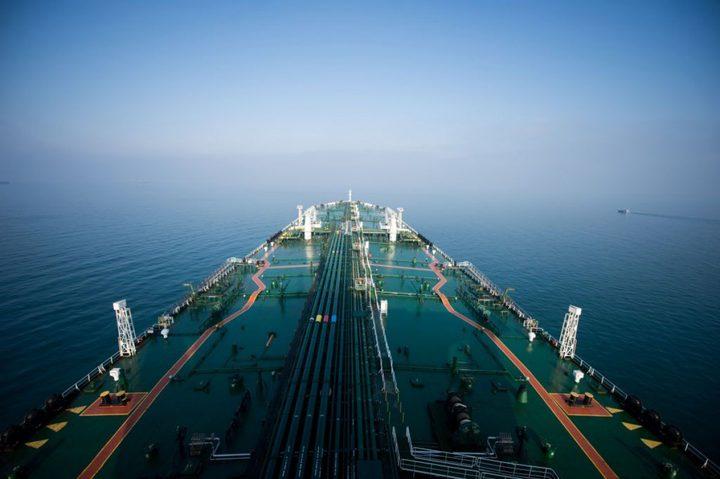 لأول مرة.. إيران تبدأ في تصدير النفط من ميناء جاسك