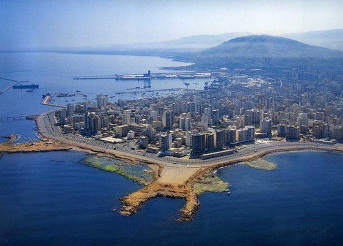 مصر تفوز بمناقصة لتطوير أحد أهم موانئ لبنان