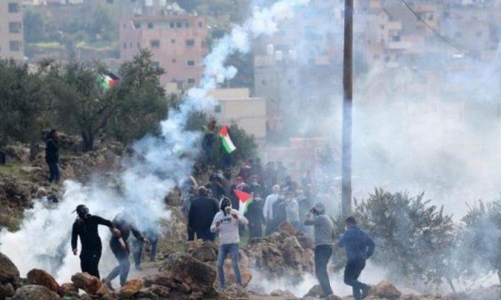 إصابات بالرصاص الحي والاختناق خلال مواجهات مع الاحتلال في بيتا