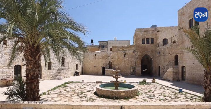 قلعة البرقاوي معلمٌ أثري يروي قصصاً منذ 350 سنة ماضية