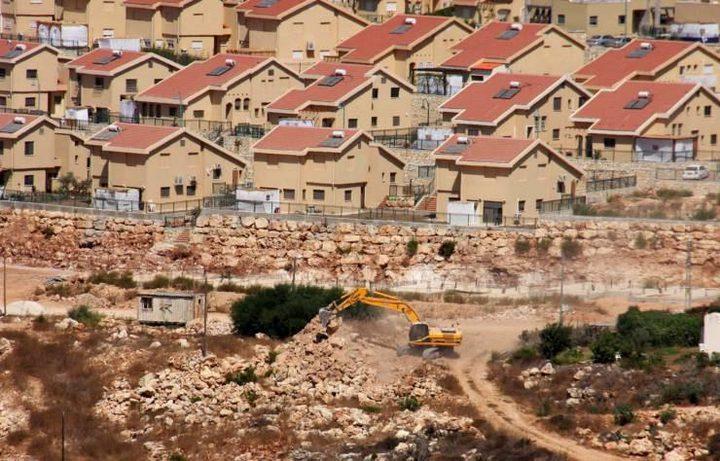 دغلس: تسارع في عمليات البناء الاستيطاني على أراضي جالود