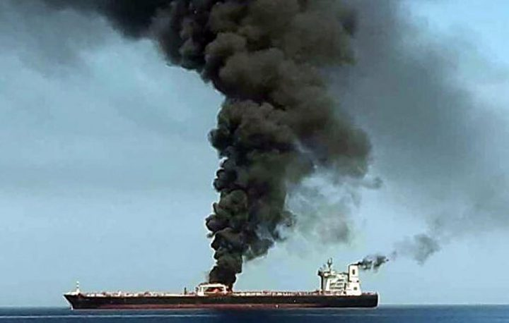 إيران تنفي ضلوعها في تفجير السفينة الإسرائيلية قبالة عمان