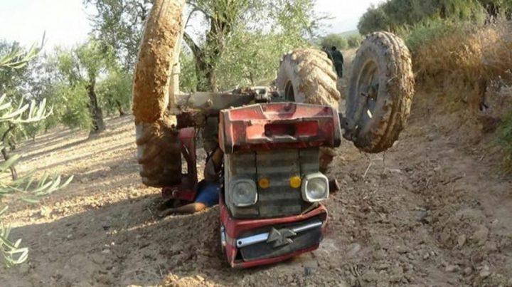 مصرع ستيني جراء انقلاب جرار زراعي في بزاريا
