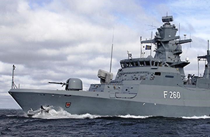 """مسقط ترسل سفنا حربية إلى منطقة حادث سفينة """"أسفالت برينسيس"""""""