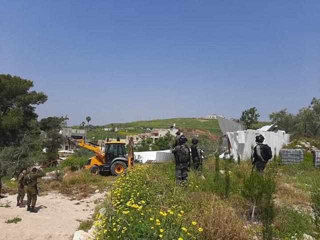 الاحتلال يهدم غرفة زراعية ويجرف أراضٍ في سبسطية