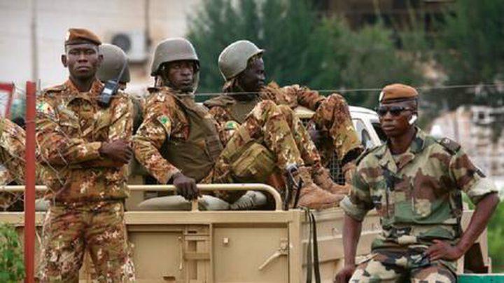 50 قتيلا في هجمات مسلحين متطرفين على قرى وسط مالي