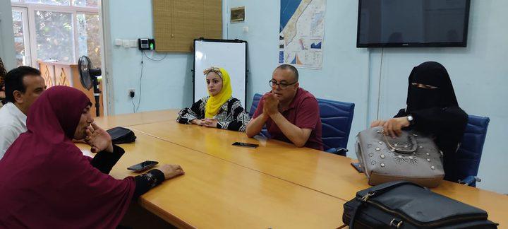 وزير الثقافة يلتقى عوائل شهداء عدوان 2014 في غزة