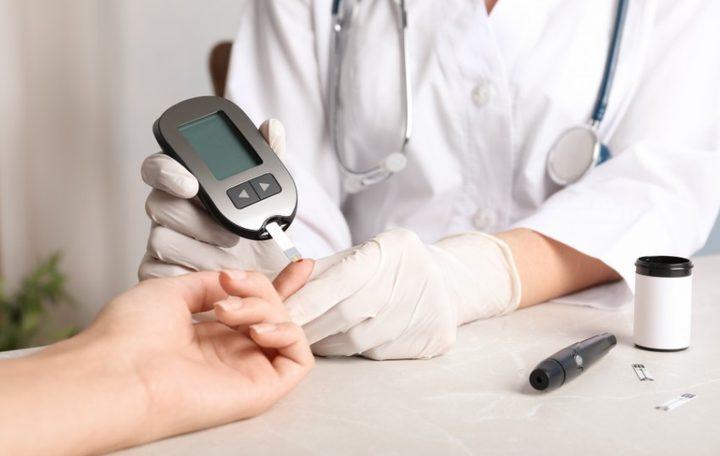 أفضل المكملات الغذائية لمرض السكري قد تمنع تلف العين والأعصاب