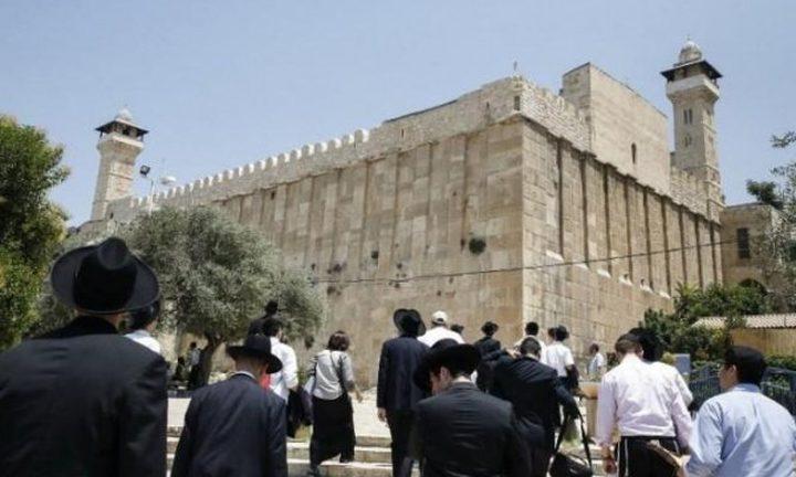 الأوقاف تندد بشروع الاحتلال ببناء المصعد الكهربائي في الإبراهيمي