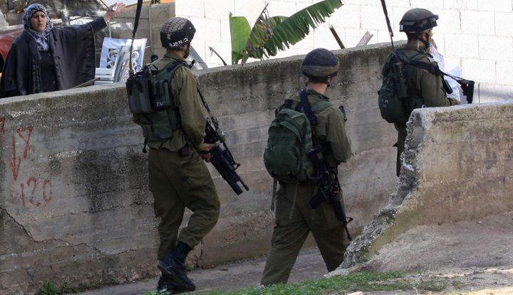 إصابات واعتقالات خلال قمع الاحتلال فعالية مناهضة للاستيطان