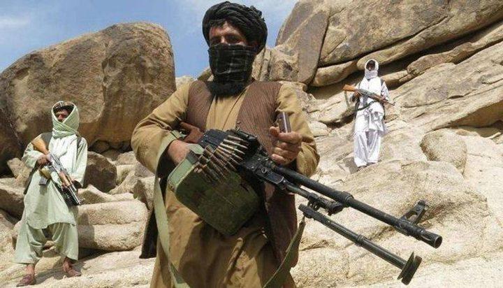 عشرات الجنود الأفغان يفرون إلى أوزبكستان