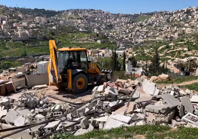 NGOs: الاحتلال يهدم غرفة زراعية في دير بلوط غرب سلفيت