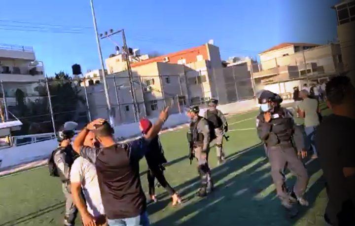 قوات الاحتلال تقتحم حفلا لتكريم طلبة الثانوية العامة في العيسوية