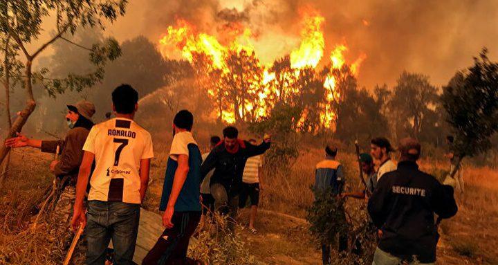 """الجزائر تتهم مجموعات """"لها صلات بالمغرب وإسرائيل"""" بإشعال الحرائق"""