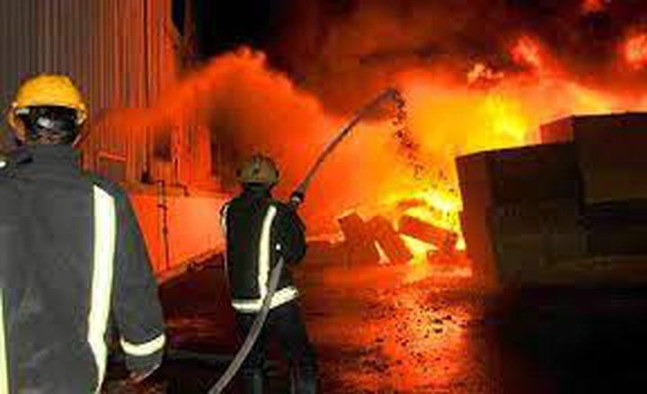حريق في مستودعات للأجهزة الكهربائية في الخليل