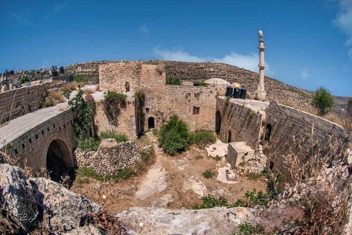 البلدة القديمة من قرية عبوين