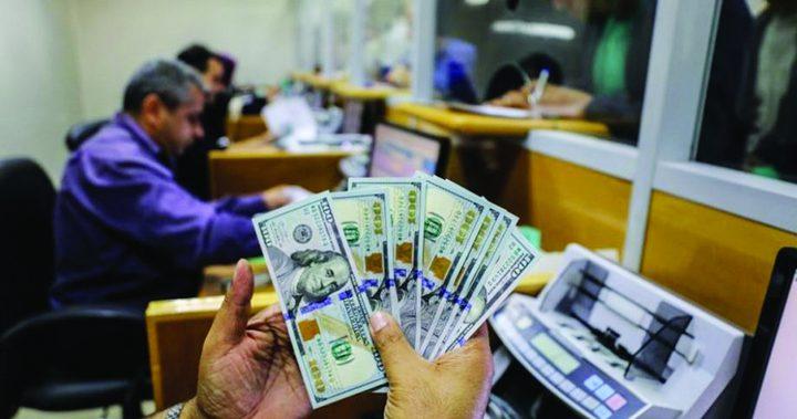 الحكومة تذللالعقبات أمام وصول أموال المساعدة القطرية إلى غزة