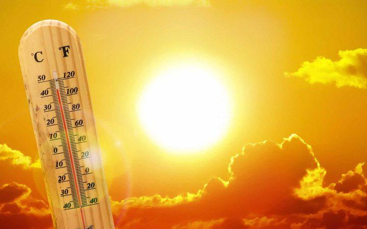 الطقس: أجواء حارة ويطرأ انخفاض طفيف على درجات الحرارة