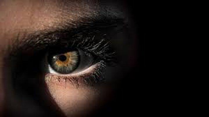 أعراض تظهر على العينين وتكشف الإصابة بكورونا