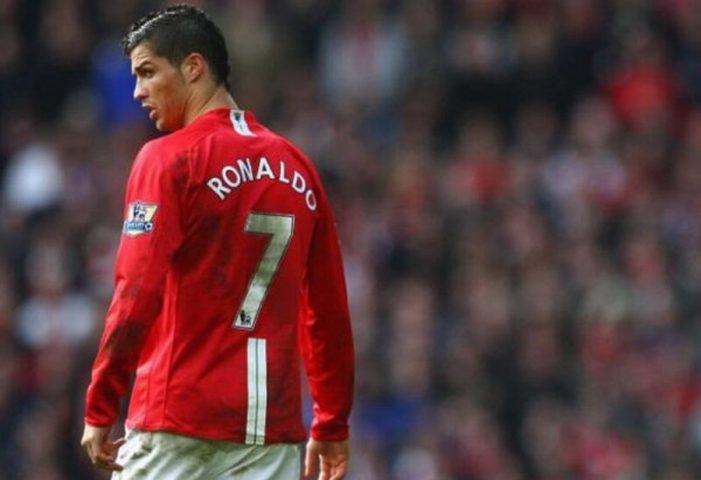 رونالدو يضحي من أجل مانشستر يونايتد