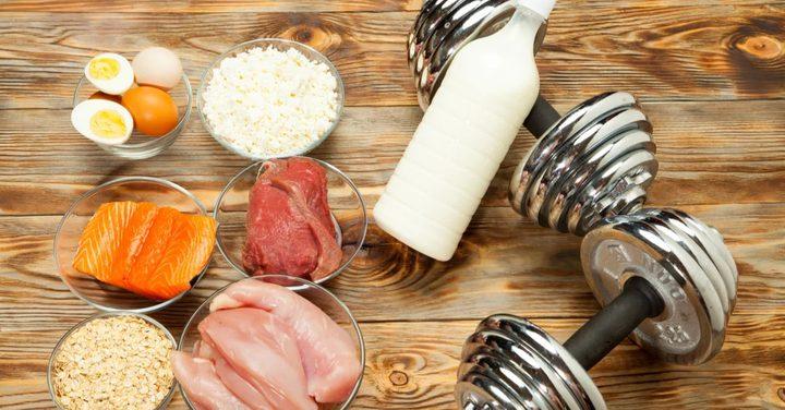 مواد غذائية تعزز نمو العضلات بشكل أفضل