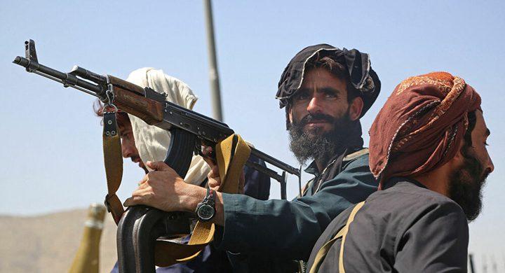طالبان تحتفل بآخر جندي أمريكي يغادر أفغانستان