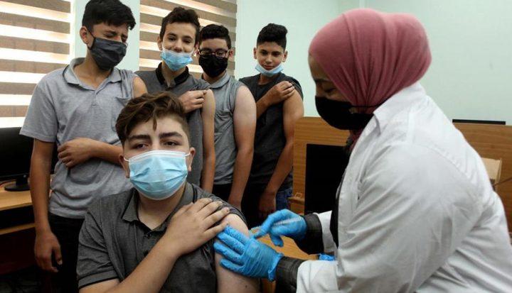 انطلاق حملة تطعيم طلبة المرحلة الثانوية في مدارس نابلس