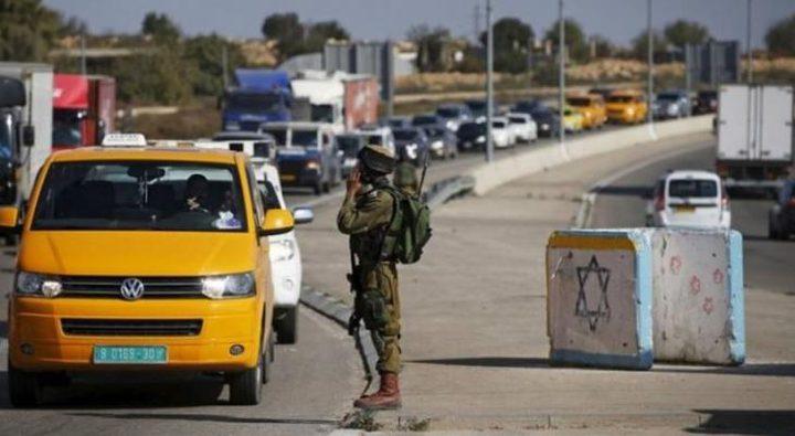 الاحتلال ينصب حاجزا عسكريا ويعيق تحركات المواطنين في بلدة يعبد