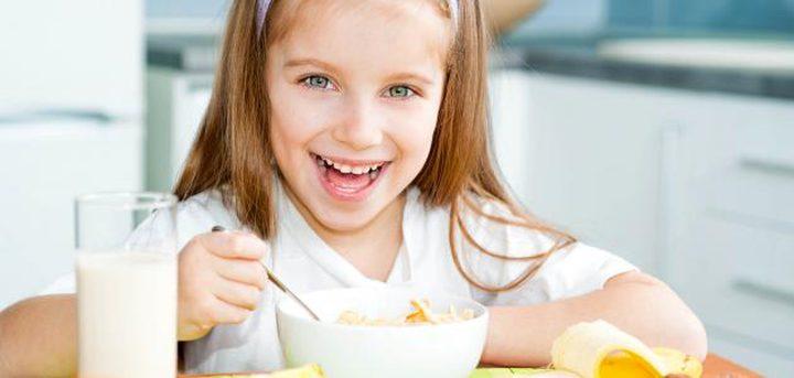 دراسة تحذر من تجاهل الأطفال وجبة الإفطار قبل المدرسة