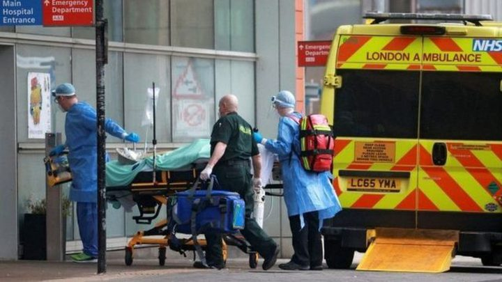 38154 إصابة و178 وفاة جديدة بكورونا في بريطانيا
