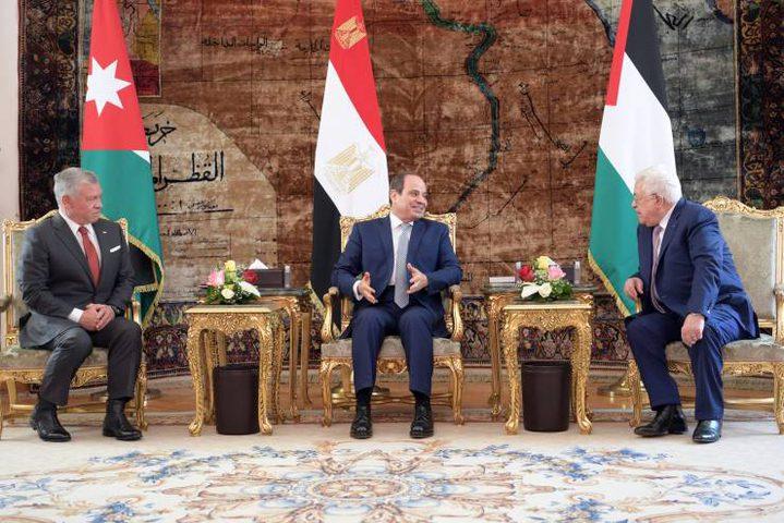 بدء القمة الثلاثية بين الرئيس وملك الأردن والرئيس المصري