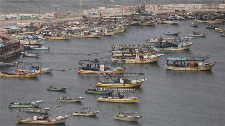 لجان الصيادين: فقدان الاتصال بمركب صيد في بحر رفح