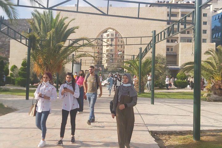 طلبة جامعة النجاح الوطنية يعودون للتعليم الوجاهي مع بداية الفصل الثاني